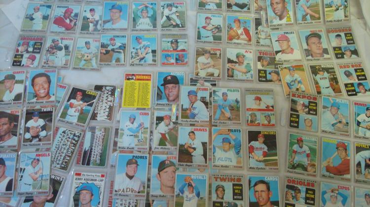 1970 TOPPS Baseball Cards VG some Corner Wear