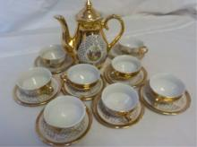 Bavaria Miniature Gold Tea Pot, 8 Cups & Saucers
