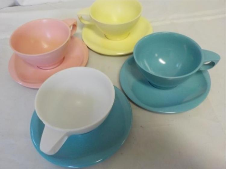 Boonton Ware 4 Melamine Cups & Saucers