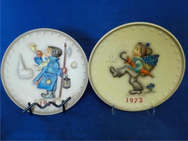 1972 & 1973 Hummel Plates w Boxes