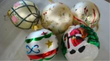 5 Large Decorated 4 inch Christmas Ball Ornaments