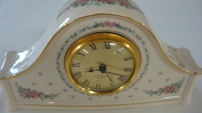 Lenox Quartz Rose Decorated Mantel Clock