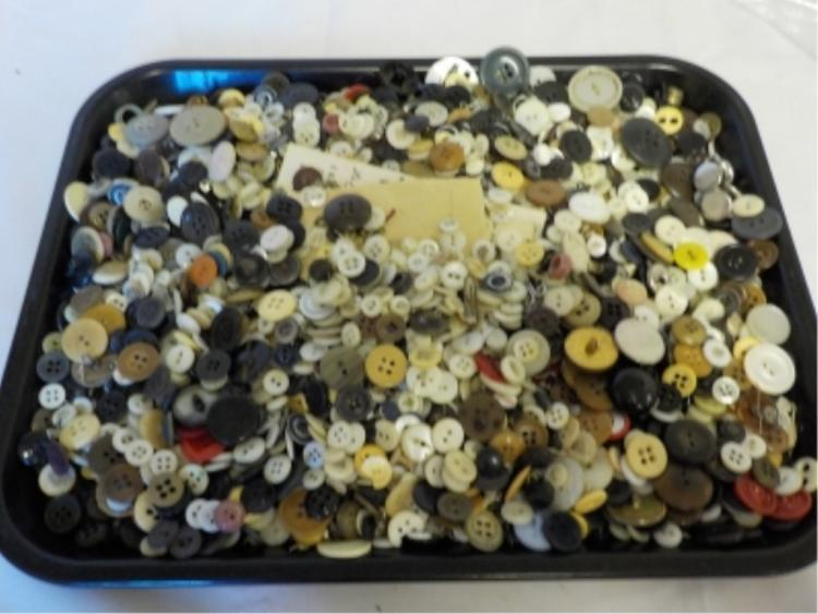 ~48 oz Vintage Household Buttons