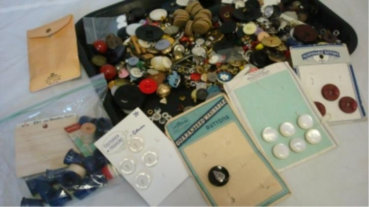 ~23 oz Household Vintage Buttons