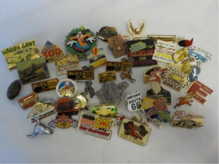 ~45 Racing, Goofy, Historical Places Pin Backs
