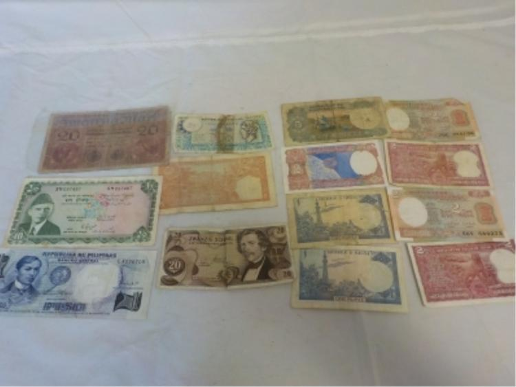 Foreign Paper Currency Lot