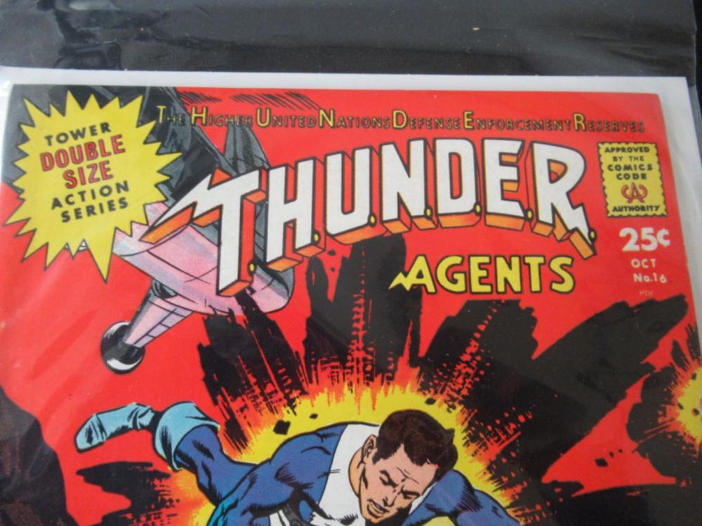 Lot 122: THUNDER Agents #16 Double Sized