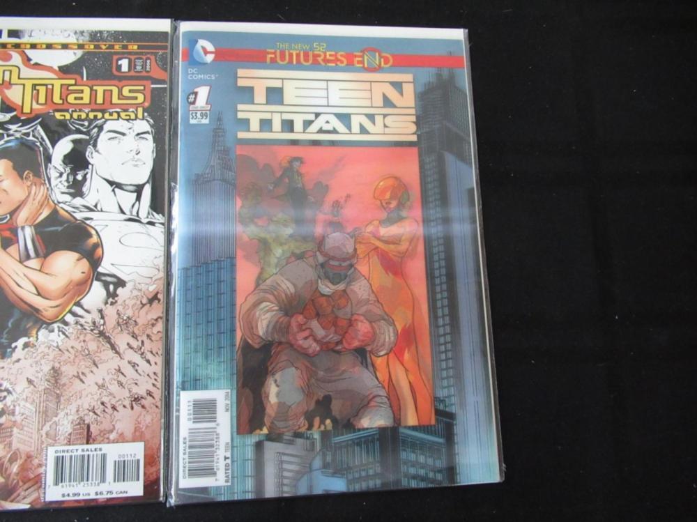 Lot 132: 3 Teen titan Convergence Variant Crossover