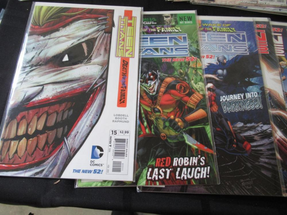 Lot 136: The New 52 Teen Titans #0-30