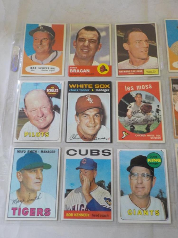 17 TOPPS Baseball Cards of Managers