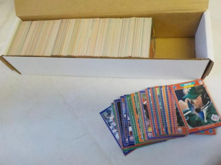 About 600-650 1989 Preset Football Cards