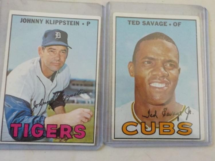 2 1967 TOPPS High # Baseball #552, 588