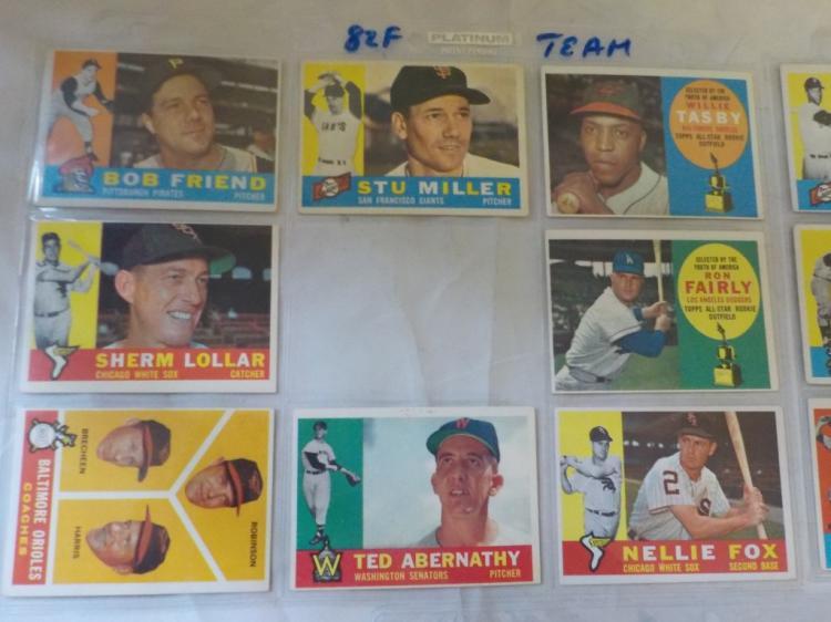 48 1960 TOPPS Baseball Cards a few stars incl,