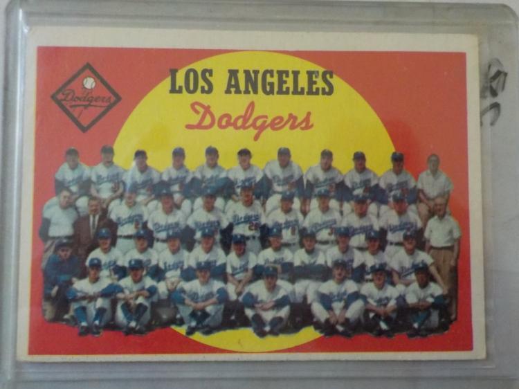 1959 TOPPS LA Dodgers Baseball Team Card #457