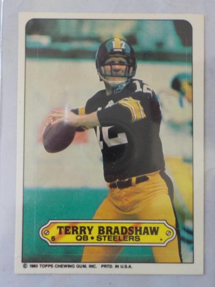 1983 TOPPS Terry Bradshaw Football Sticker NM-M
