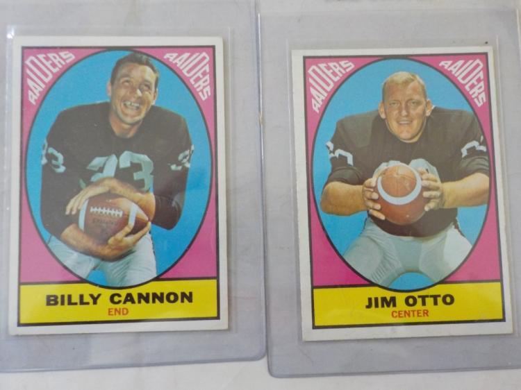 2 1967 TOPPS Football Stars Cannon, Otto