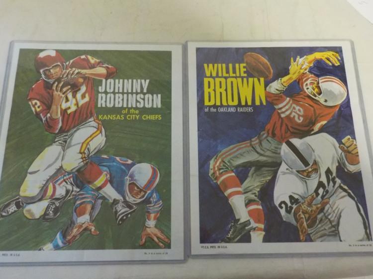 2 1970 TOPPS Football Poster Insert Brown/Robinson