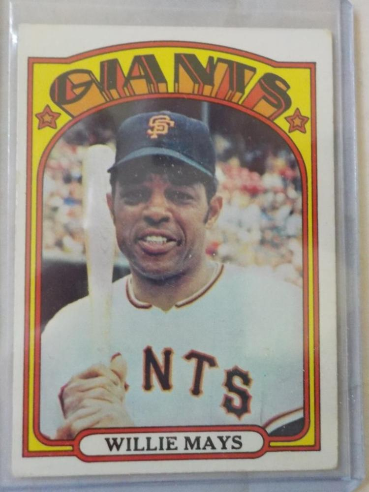 1972 TOPPS Willie Mays #49 Baseball Card EX+