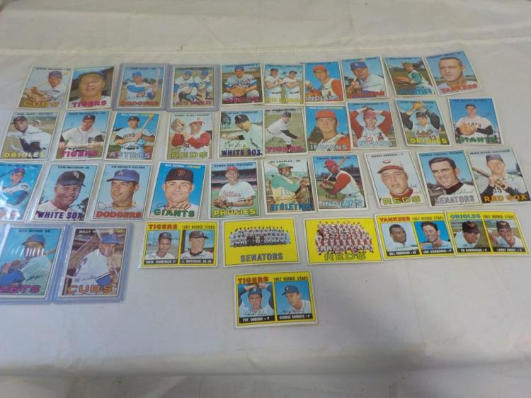 38 1967 TOPPS Baseball Cards Mostly Commons