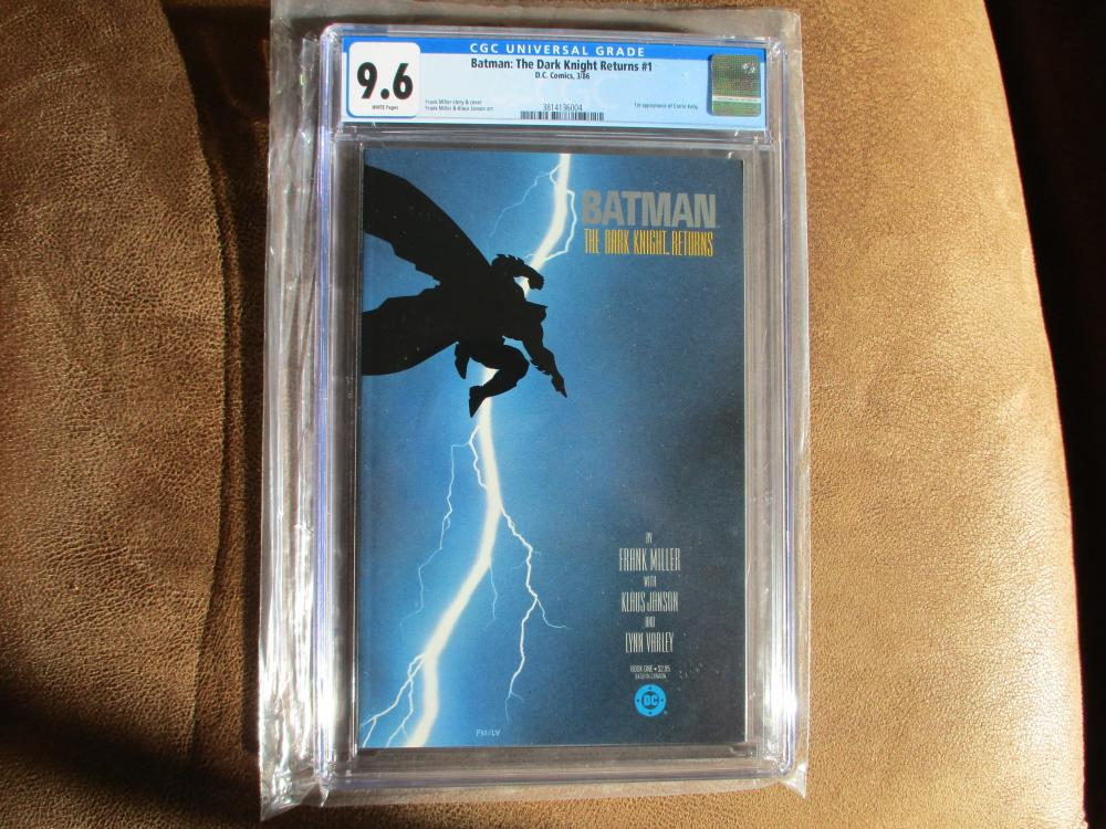 BATMAN THE DARK KNIGHT RETURNS # 1 CGC 9.6