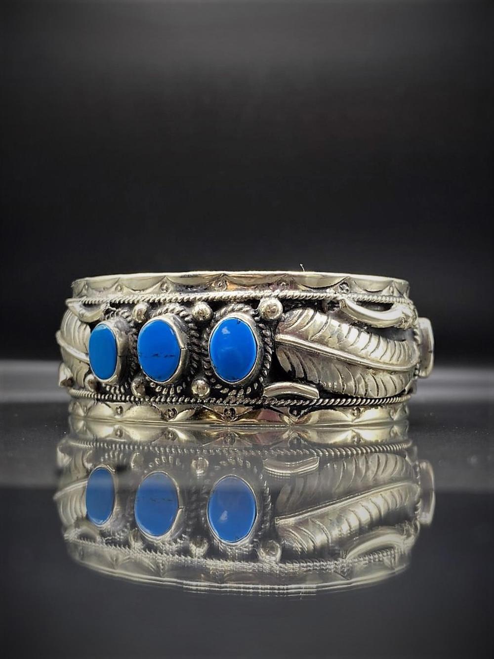 Vintage Sterling Silver/Turquoise Bracelet