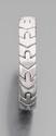 BULGARI Bracelet jonc flexible en suite de flèches d'or gris. Signé. Diamètre au plus large : 5,1 cm environ. Poids : 55,9 g. An 18K gold bracelet by Bulgari.