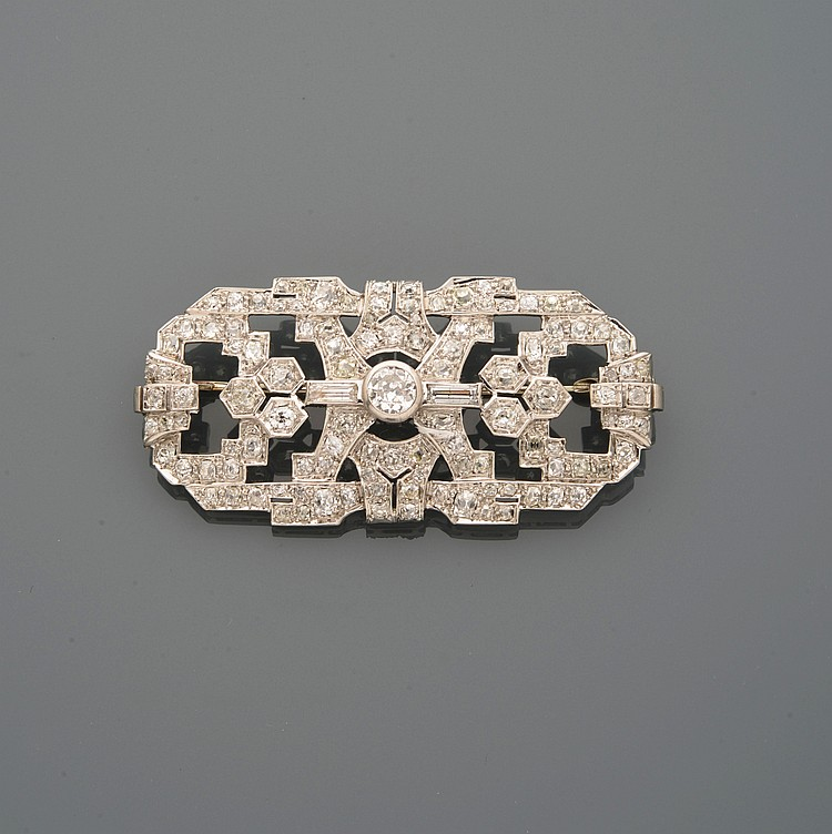 BROCHE PLAQUE ART DECO