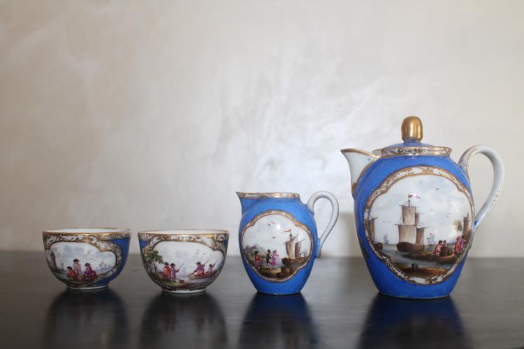 Petit d jeuner miniature en porcelaine for Set petit dejeuner porcelaine