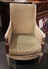 Fauteuil en bois laqué, style retour d'Egypte  Les supports d'accotoirs en cariatides dorées  Circa 1800