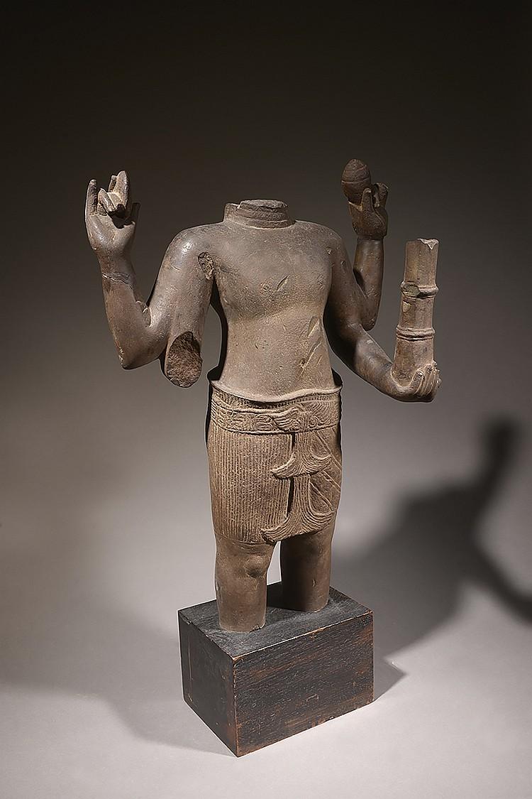 KHMER, STYLE D' ANGKOR WAT  ÉPOQUE XI-XIIe SIÈCLE