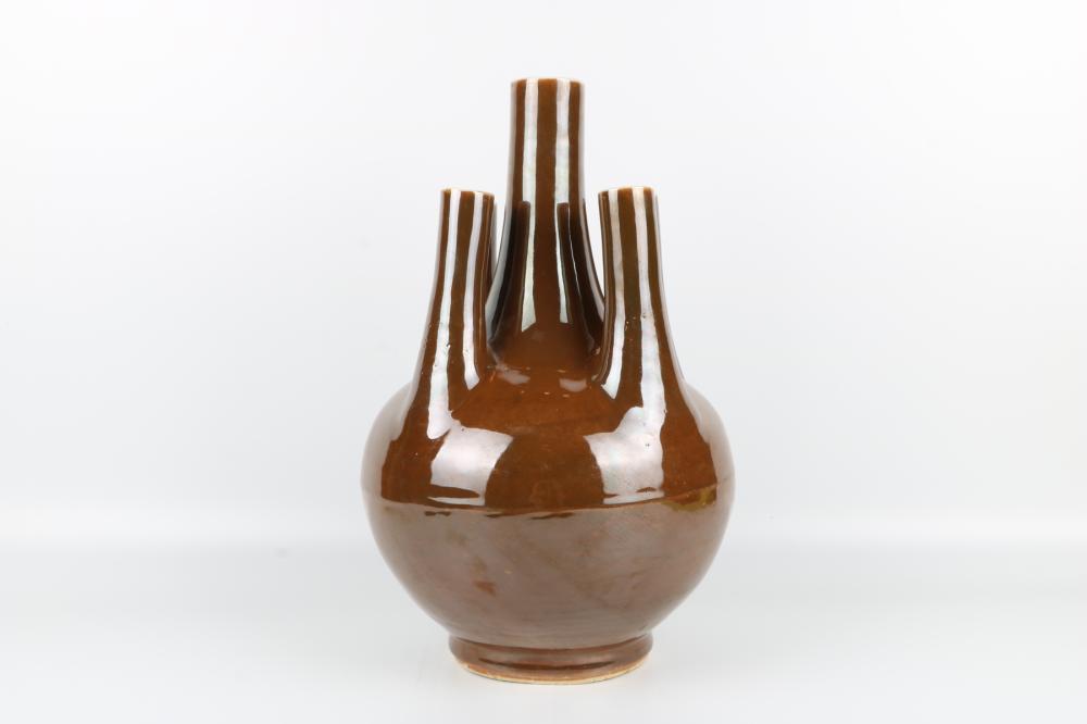 Chinese glazed bottle
