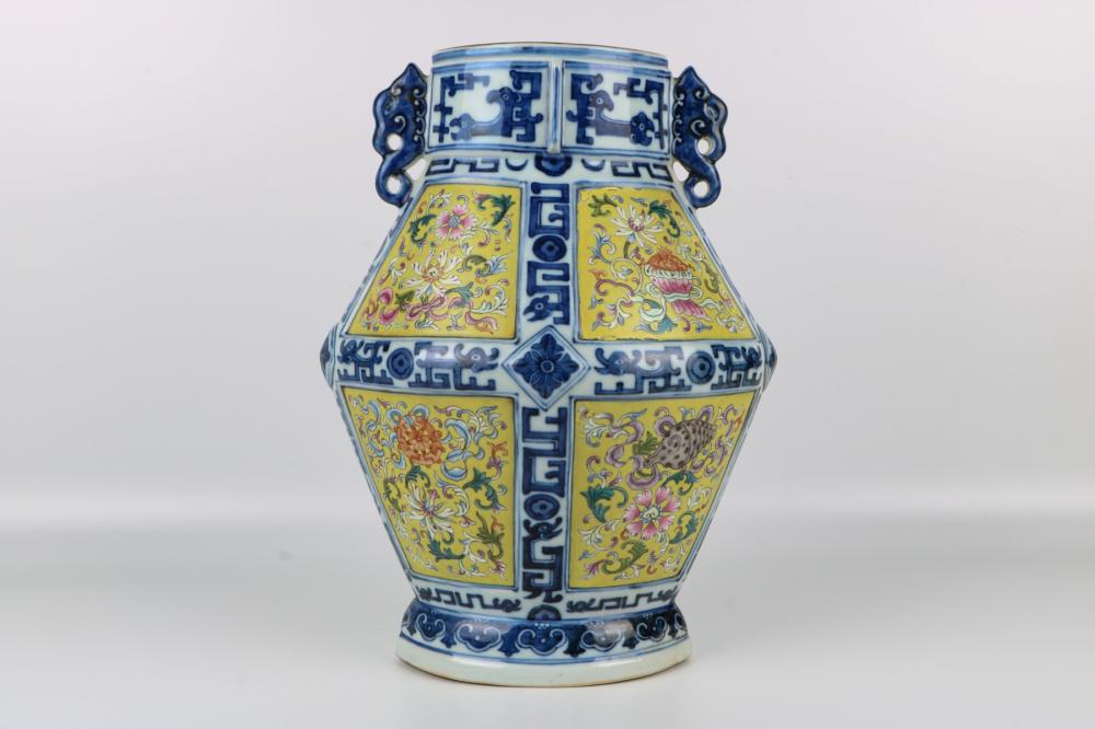 Famille rose blue and white jar