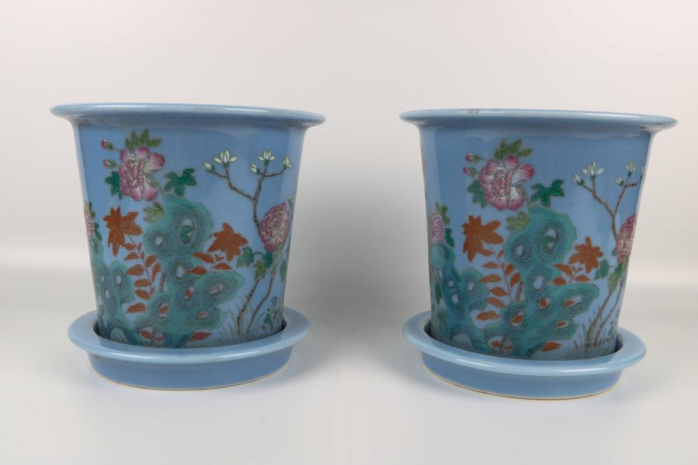 Pair of Qing Dynasty famille rose pots