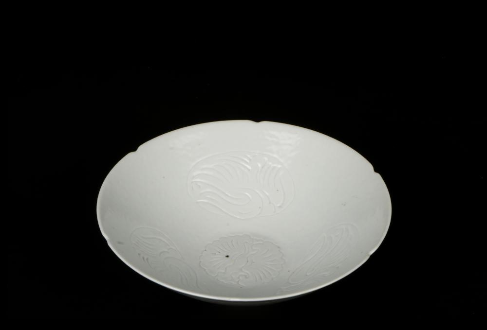 White glaze engraved bowl