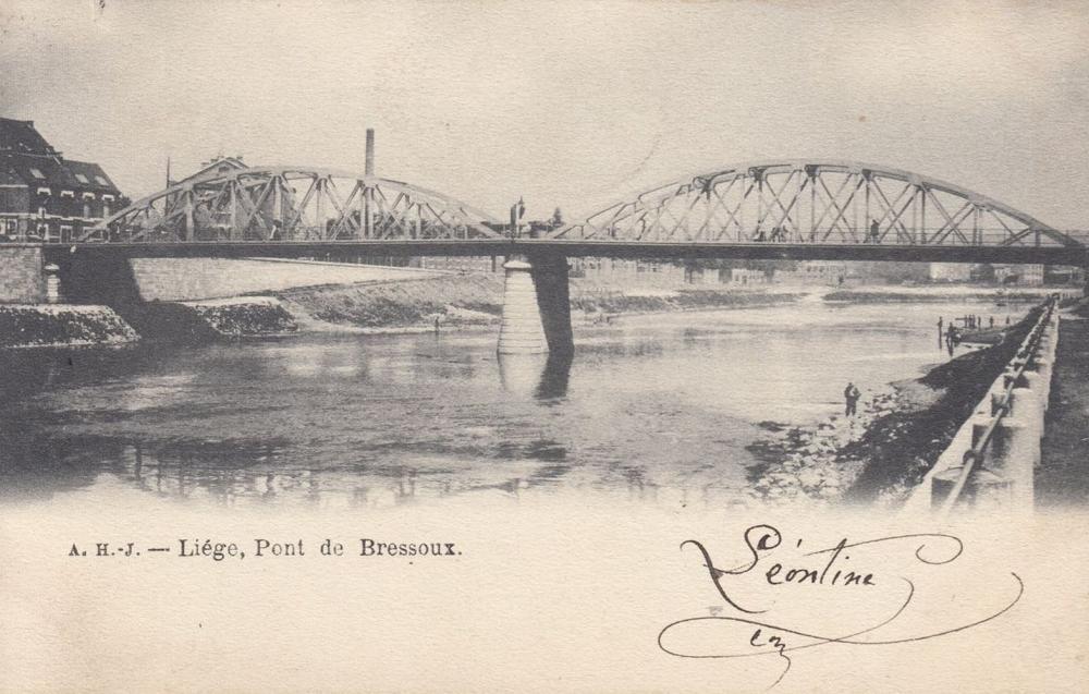 PROVINCE DE LIÈGE. Environ 70 cartes postales, époques
