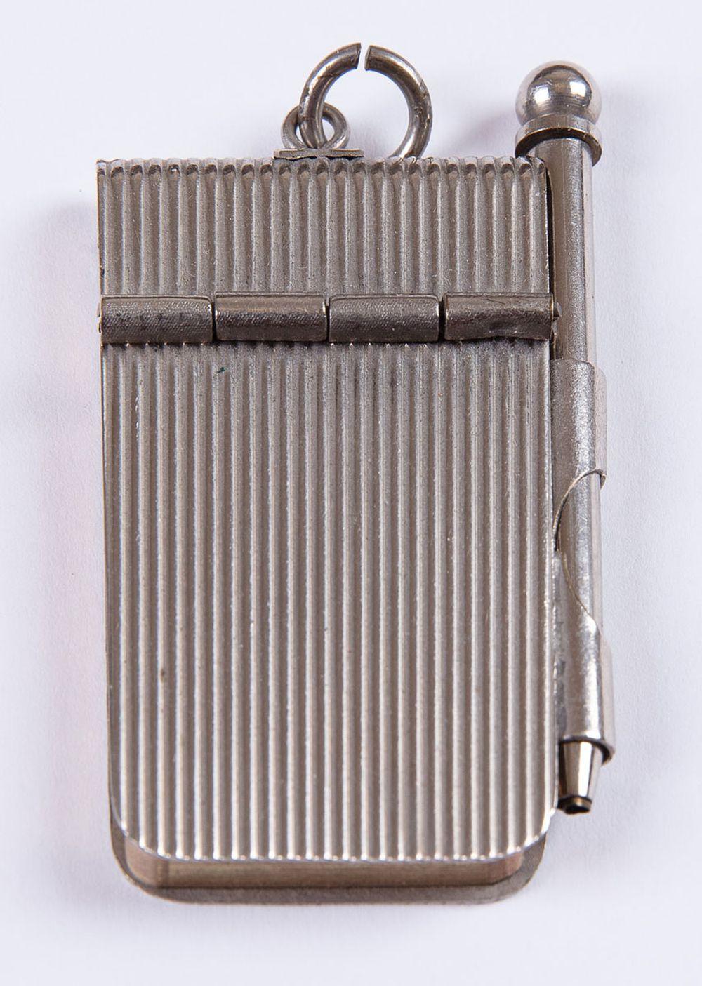 [MINUSCULA] Carnet sous reliure en métal arg