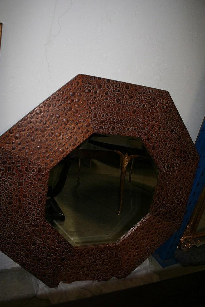miroir bois marron imitation peau de serpent 122x1