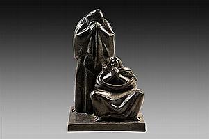 "Juan Cruz Reyes (México, 1914-1991). MORTON EMPEÑOS ""Dos mujeres"". Escultura elaborada en bronce. Seriada 4/10. Firmada. Fechada 1984."