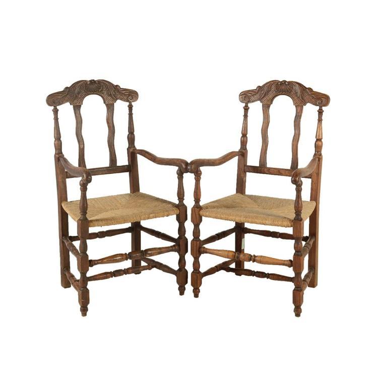 Par de sillones francia siglo xx elaboradas en madera de for Sillones de madera