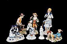 Lote de figuras decorativas. Origen italiano. En porcelana Capodimonte, Edoardo Tasca y Ginori, acabados brillante y opaco. Piezas: 7