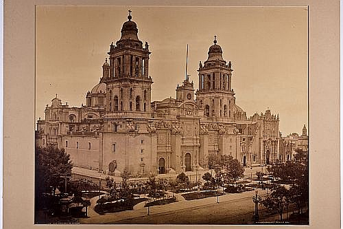 Jackson, William Henry (1843 - 1942). The Catedral of Mexico. Fotografía, 44 x 53.5 cm.  En color sepia. Tomada entre 1880 y 1897.
