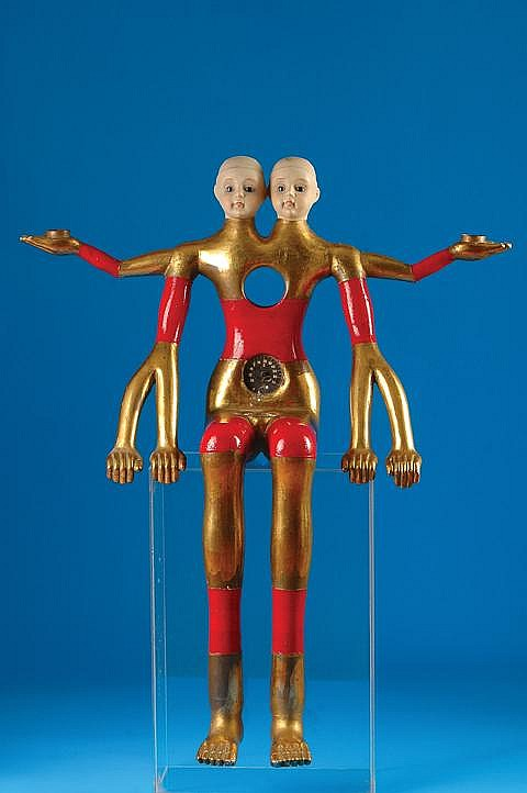 Pedro Friedeberg, Figura dual, Firmada, Escultura en madera, 54 x 44 cm
