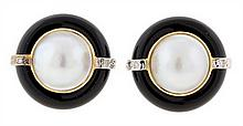 A PAIR OF 14K YELLOW AND WHITE GOLD, ONYX, DIAMOND, AND MABE PEARL EARRINGS