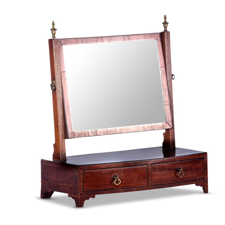 A Georgian mahogany dressing table mirror, English, 19th century