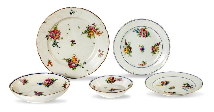 A collection of five continental porcelain dishes, Sevres, circa 1775 and Paris porcelain, circa 1775