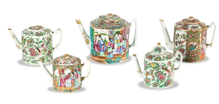 A collection of five Chinese porcelain teapots