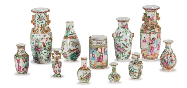 A collection of eleven Chinese porcelain vases
