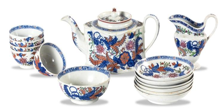 A New Hall tobacco pattern part tea set including teapot, jug, slop bowl, 5 tea bowls and 6 saucers, Pattern 272, English, circa 1880