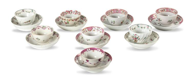 A collection of 8 Newhall type teabowls and saucers, English late 18th century