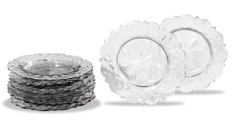 A set of nine Irish crystal dessert plates 18th century